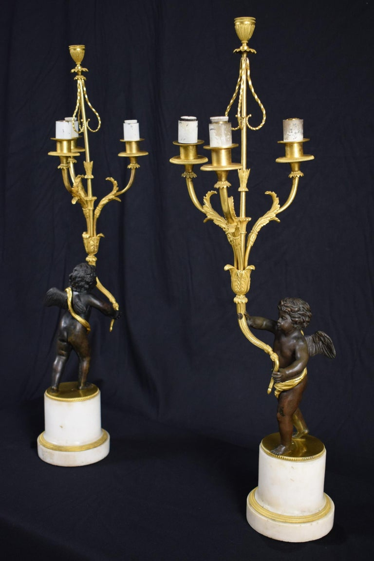 18th Century, Pair of French Gilded Bronze Candlesticks In Good Condition For Sale In , IT