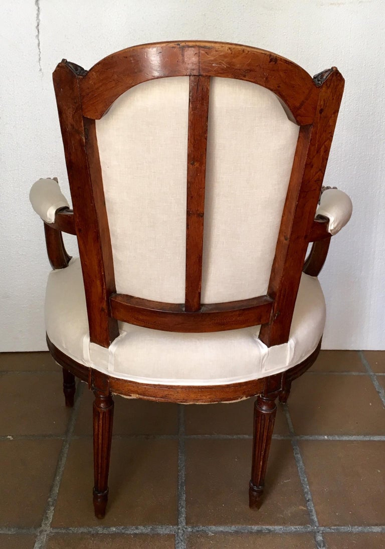 18th Century Pair of French Louis XVI Fauteuils or Armchairs For Sale 7