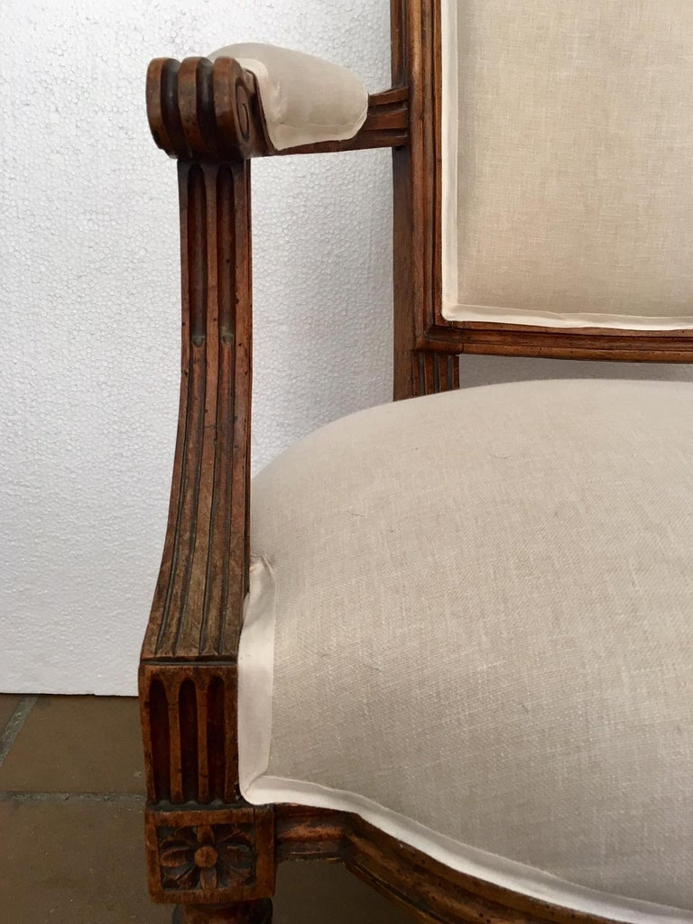 18th Century Pair of French Louis XVI Fauteuils or Armchairs In Good Condition For Sale In Madrid, ES