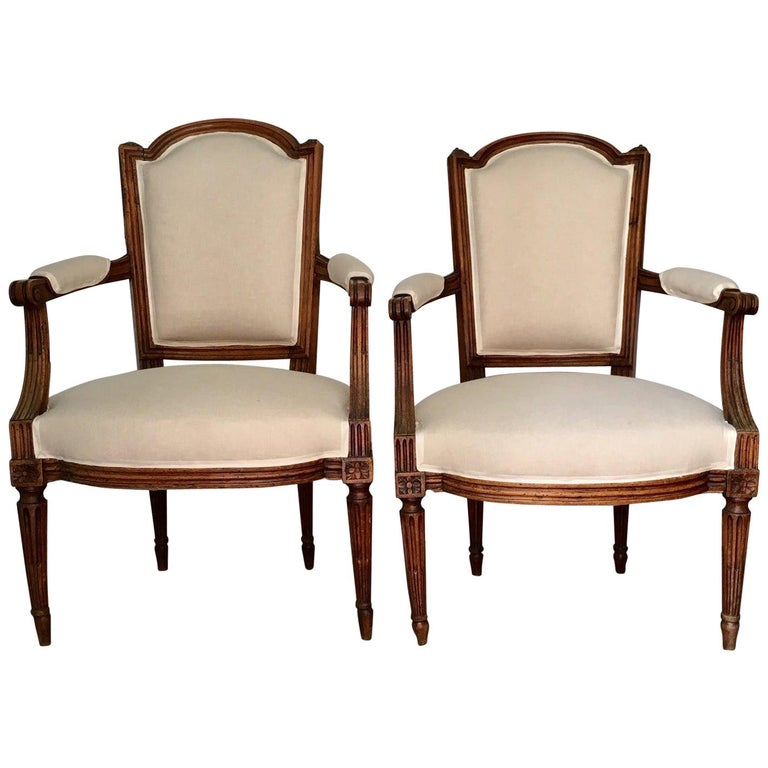 18th Century Pair of French Louis XVI Fauteuils or Armchairs For Sale