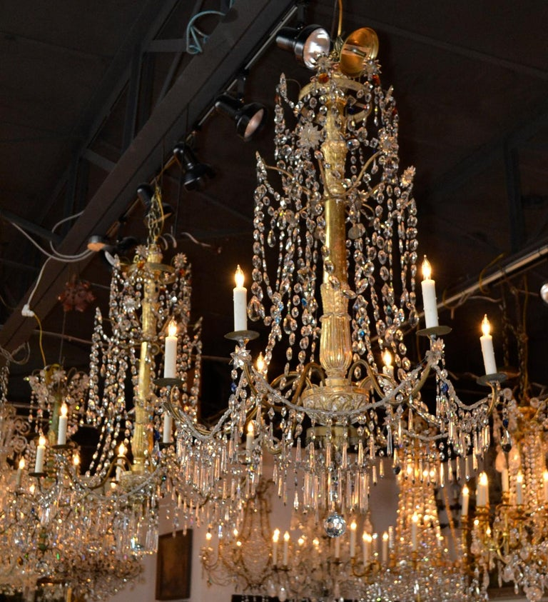 18th Century Pair of Italian Giltwood Crystal Chandeliers For Sale 4