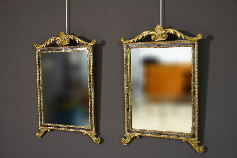 Hand-Carved 18th Century, Pair of Italian Neoclassical Carved and Giltwood Mirrors For Sale