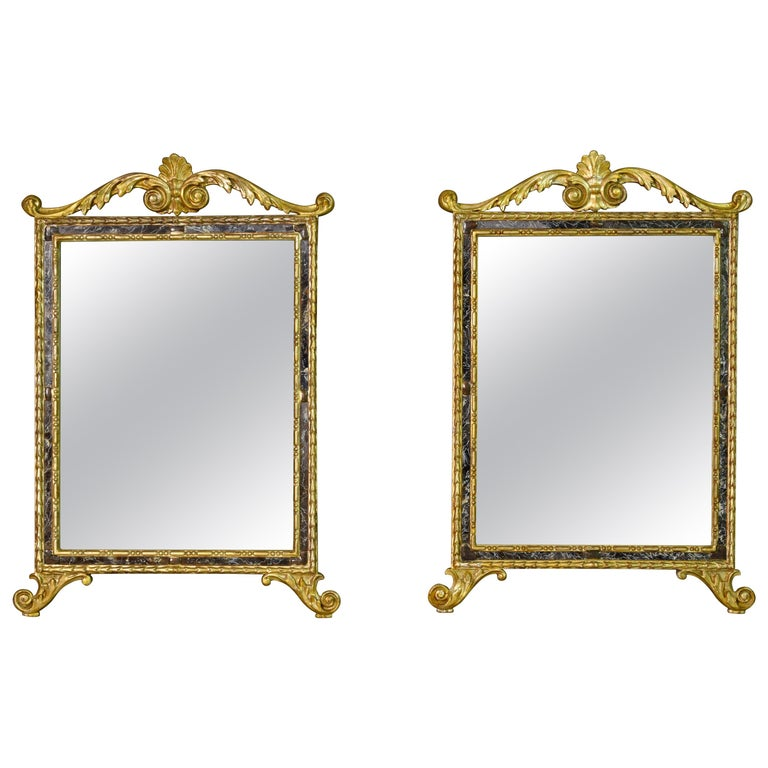 18th Century, Pair of Italian Neoclassical Carved and Giltwood Mirrors For Sale