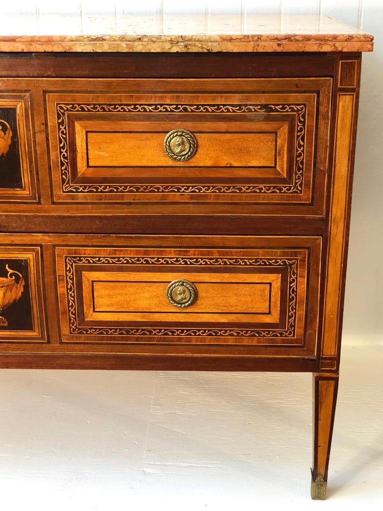 18th Century Pair of Italian Neoclassical Commodes with Bookmatched Marble Tops For Sale 3