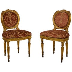 18th Century, Pair of Italian Neoclassical Giltwood Chairs