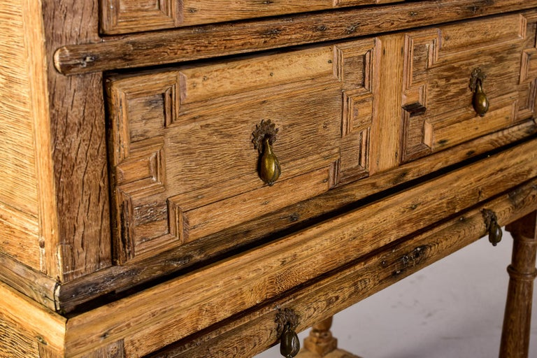 18th Century Pale Oak English Chest of Drawers on Stand For Sale 6