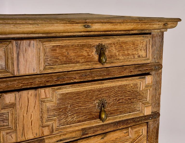 18th Century Pale Oak English Chest of Drawers on Stand For Sale 9