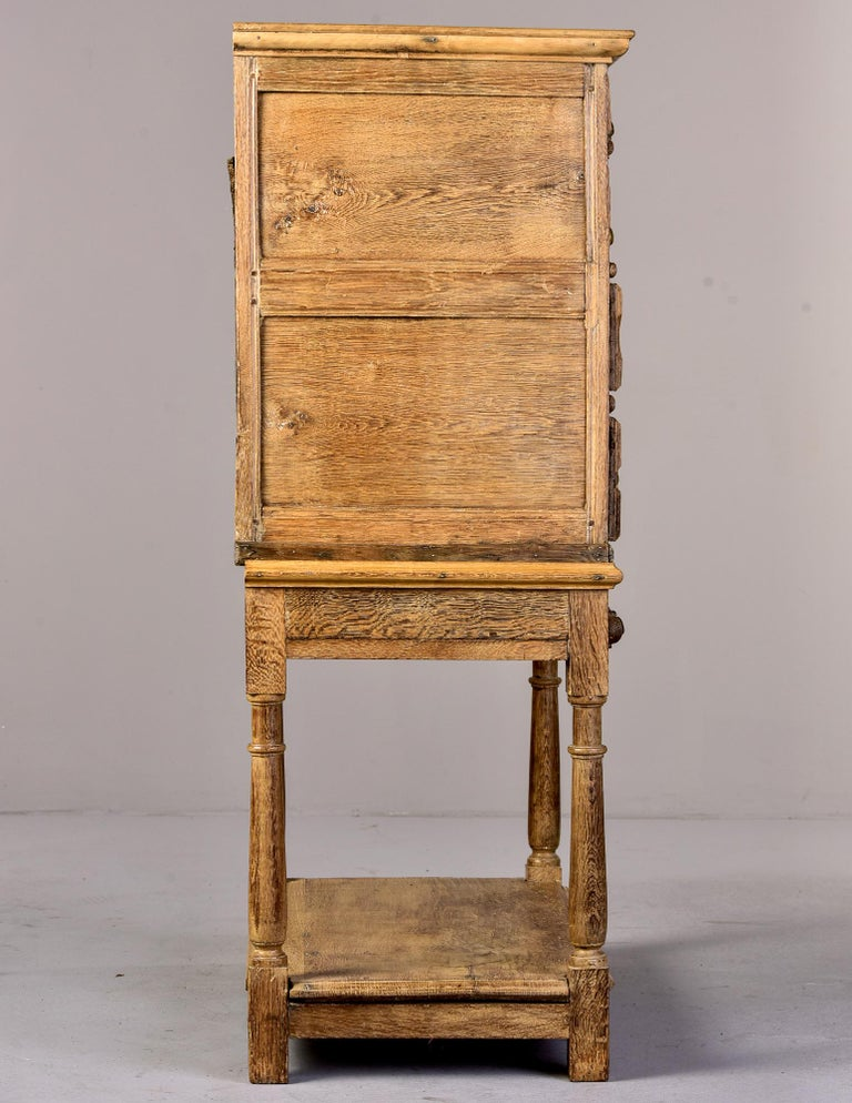 18th Century Pale Oak English Chest of Drawers on Stand For Sale 2