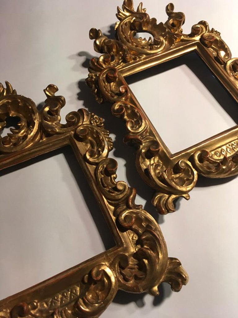 df95fe81a6d 18th century patinated gold hand carved wood pair of frames in Barocco  style