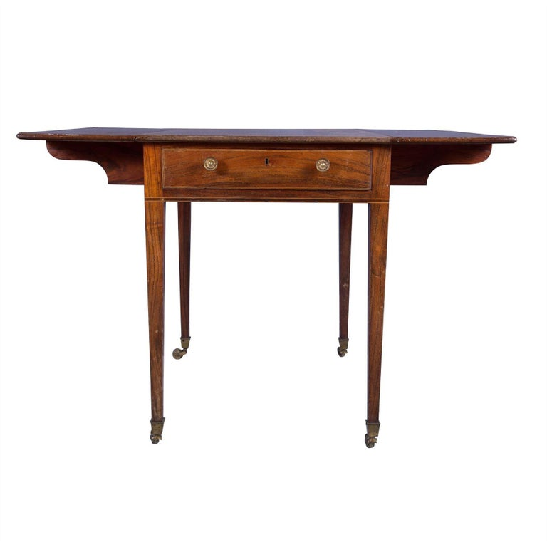 Georgian 18th Century Pembroke Table For Sale