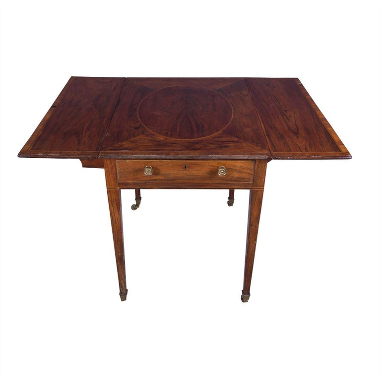 18th Century Pembroke Table In Good Condition For Sale In Gloucestershire, GB