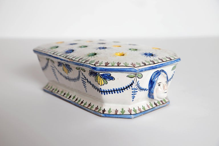 18th Century Polychrome Faience Flower Frog For Sale 3