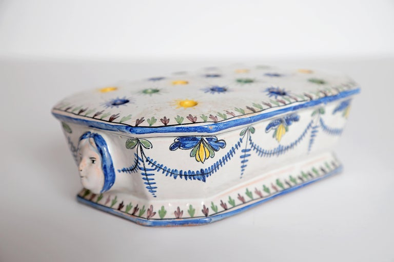 18th Century Polychrome Faience Flower Frog For Sale 5