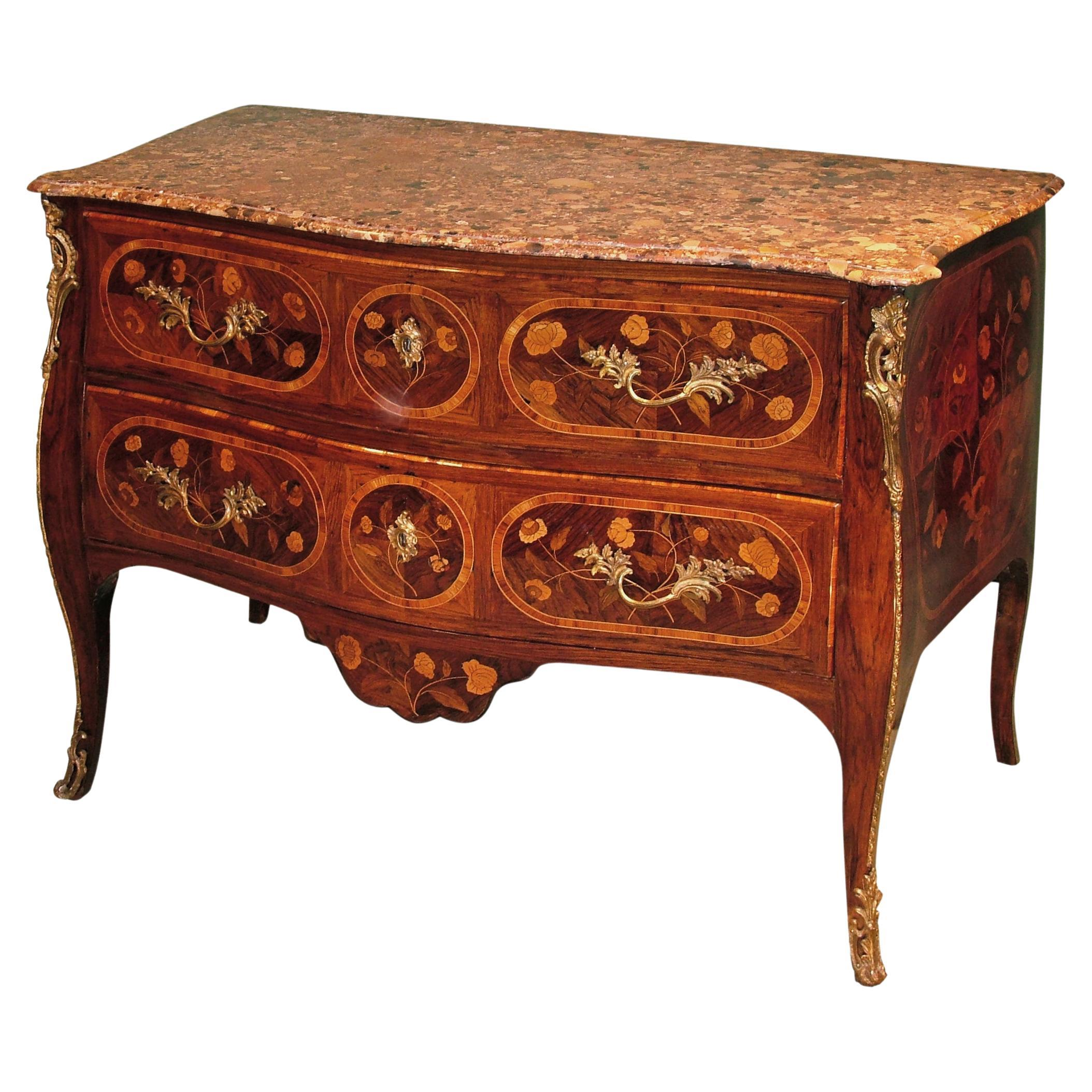 18th Century Portuguese Rosewood and Marquetry Serpentine Commode