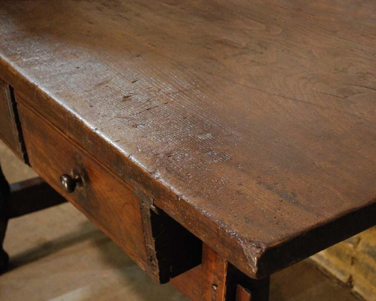 Antique 18th century Spanish baroque chestnut desk or sidetable For Sale 1