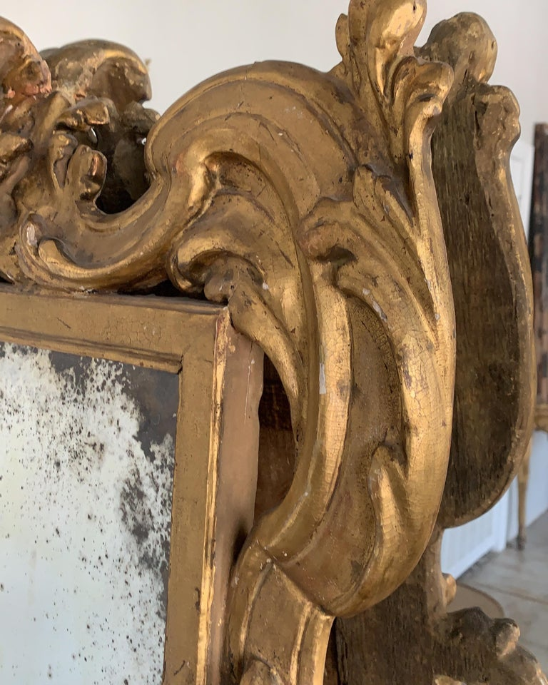 18th Century Rococo Italian Hand Carved Gilt Pair Of Mirrors In Fair Condition For Sale In Houston, TX