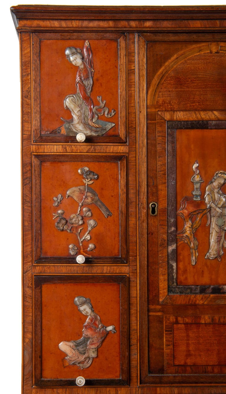 18th Century Satinwood Cabinet on Stand with Kangxi Period Panels In Good Condition For Sale In Brighton, Sussex