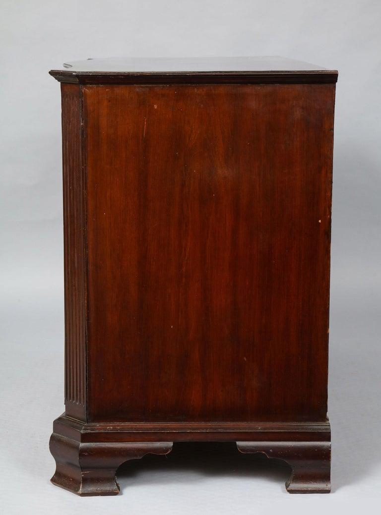 18th Century Serpentine Chest For Sale 8