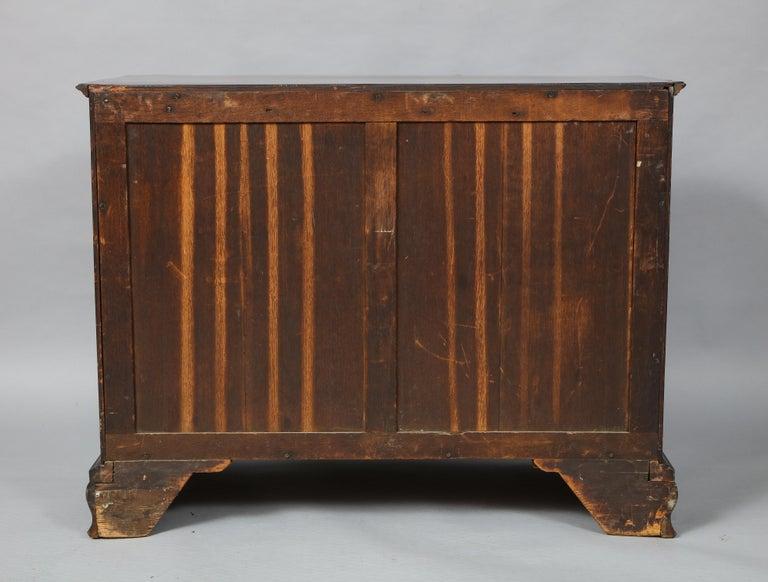 18th Century Serpentine Chest For Sale 12