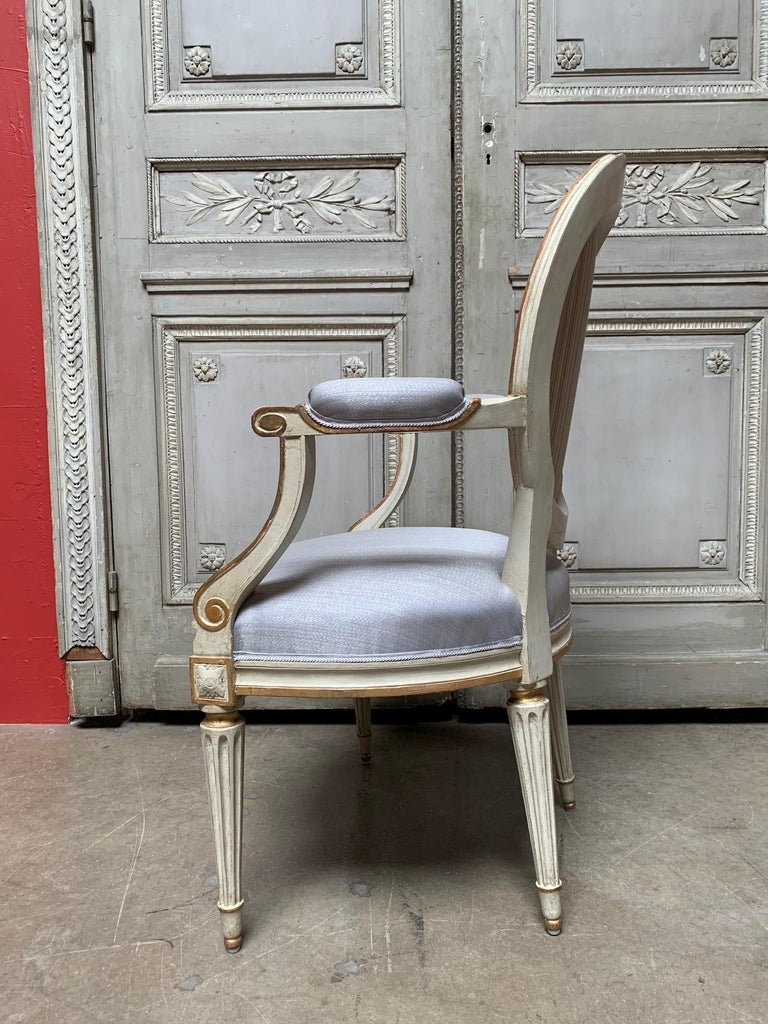 18th Century Set of Six Louis XVI Armchairs with a Gray and Gold Leaf Finish In Good Condition For Sale In Dallas, TX