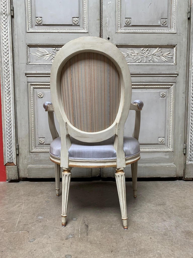 18th Century Set of Six Louis XVI Armchairs with a Gray and Gold Leaf Finish For Sale 1