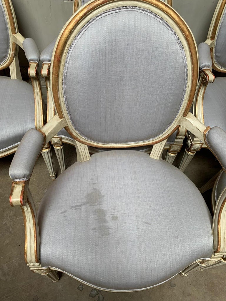 18th Century Set of Six Louis XVI Armchairs with a Gray and Gold Leaf Finish For Sale 2