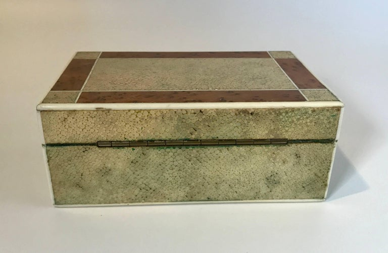 18th Century Shagreen Box with Bone and Bird's-Eye Maple Trim In Good Condition For Sale In Nashville, TN