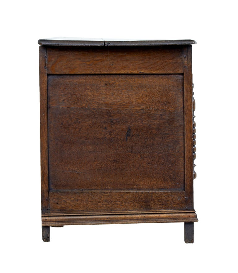 Georgian 18th Century Small English Oak Coffer For Sale