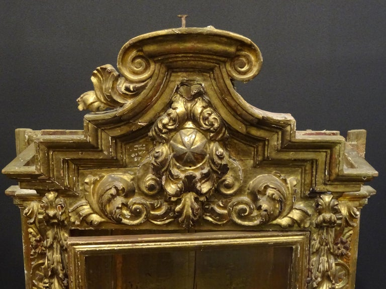 Crystal 18th Century Spanish Baroque Carved Gilded Wood and Blown Glass Display For Sale