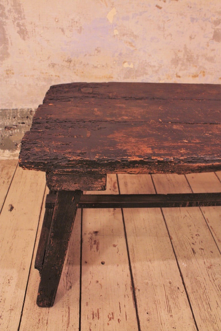18th Century Spanish Primitive Rustic Bistrot Table/Side Table For Sale 5