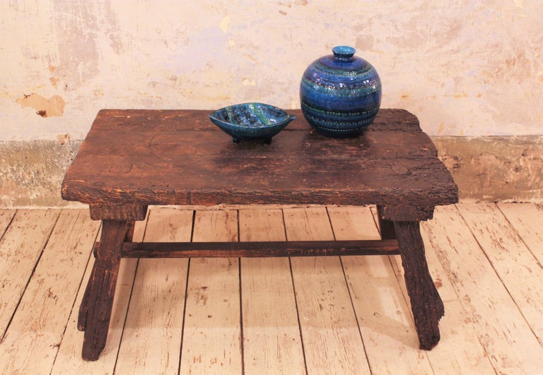 18th Century Spanish Primitive Rustic Bistrot Table/Side Table In Good Condition For Sale In Barcelona, ES