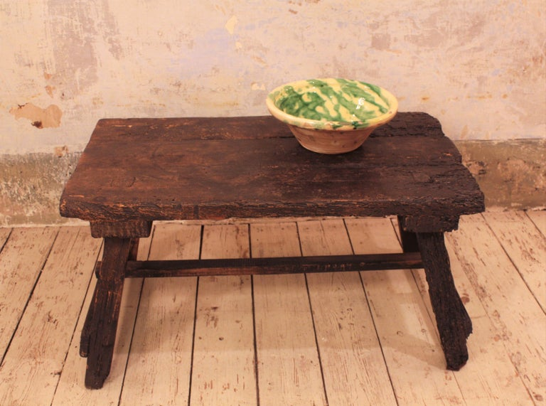 18th Century Spanish Primitive Rustic Bistrot Table/Side Table For Sale 1