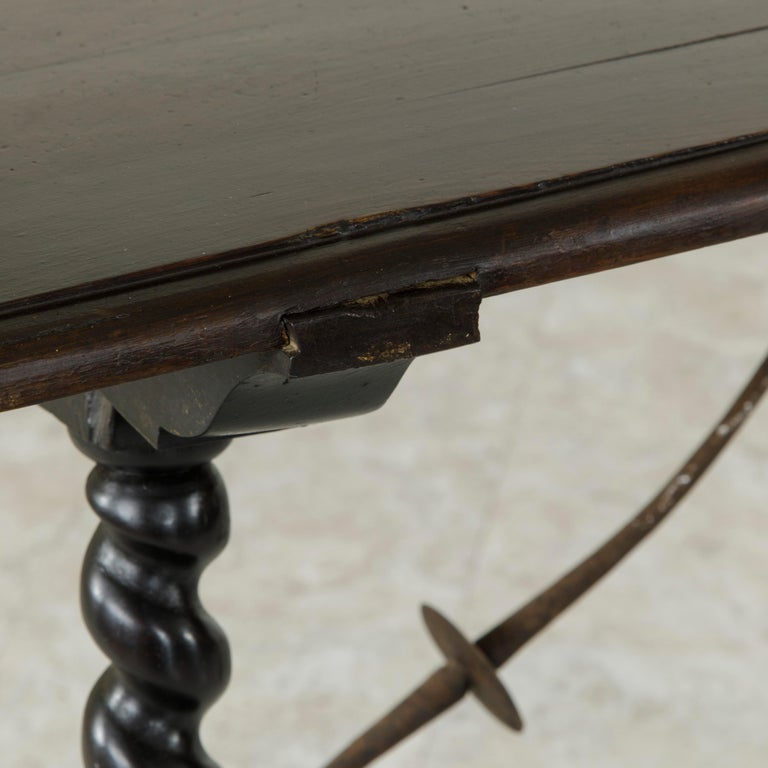 18th Century Spanish Renaissance Style Walnut Console Table with Iron Stretcher For Sale 7