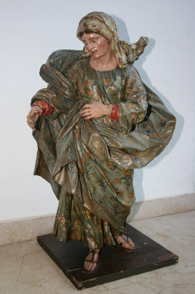 18th Century Spanish St Joachim & Anne with Child Virgin Mary Wooden Sculptures In Good Condition For Sale In Malaga, ES