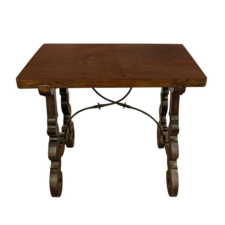 18th Century Spanish Table In Good Condition For Sale In Chicago, IL