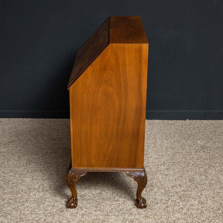 18th Century Style Walnut Bureau For Sale 10