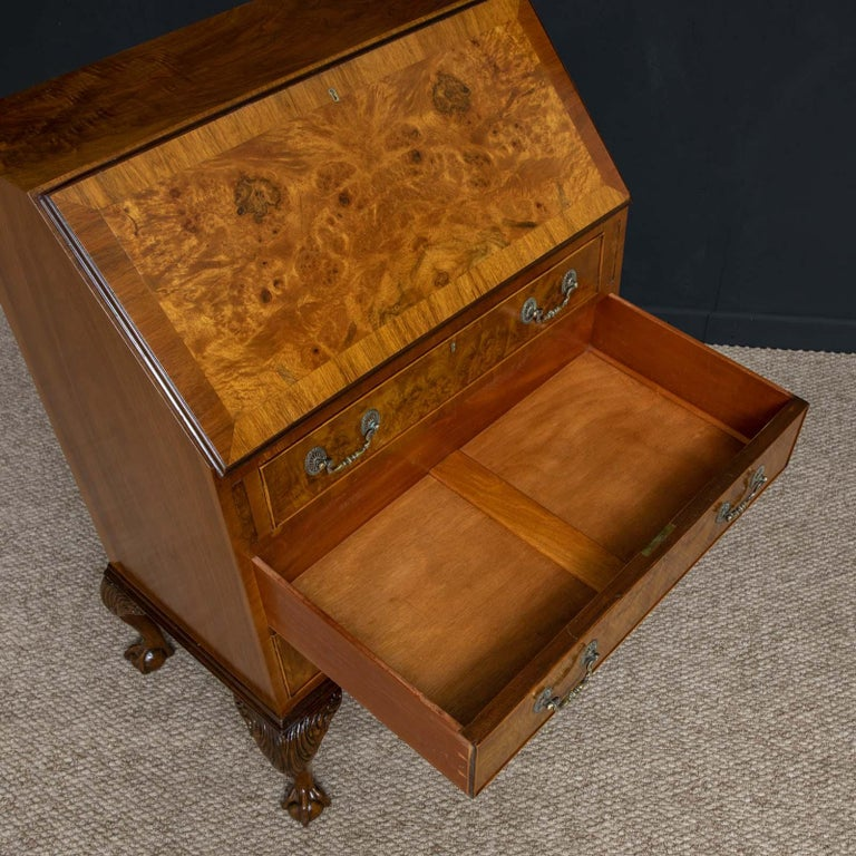 18th Century Style Walnut Bureau For Sale 1