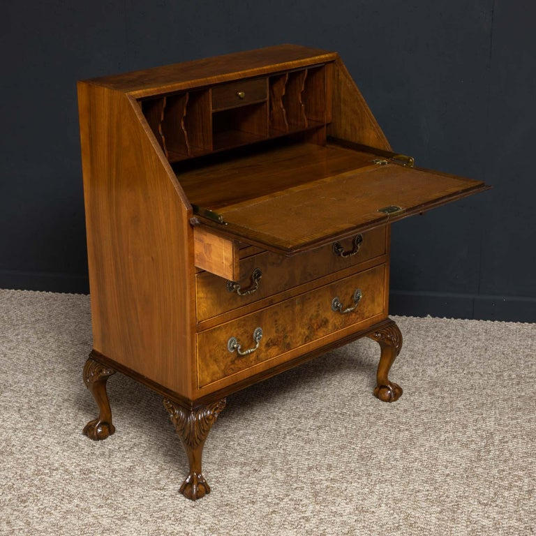 18th Century Style Walnut Bureau For Sale 2