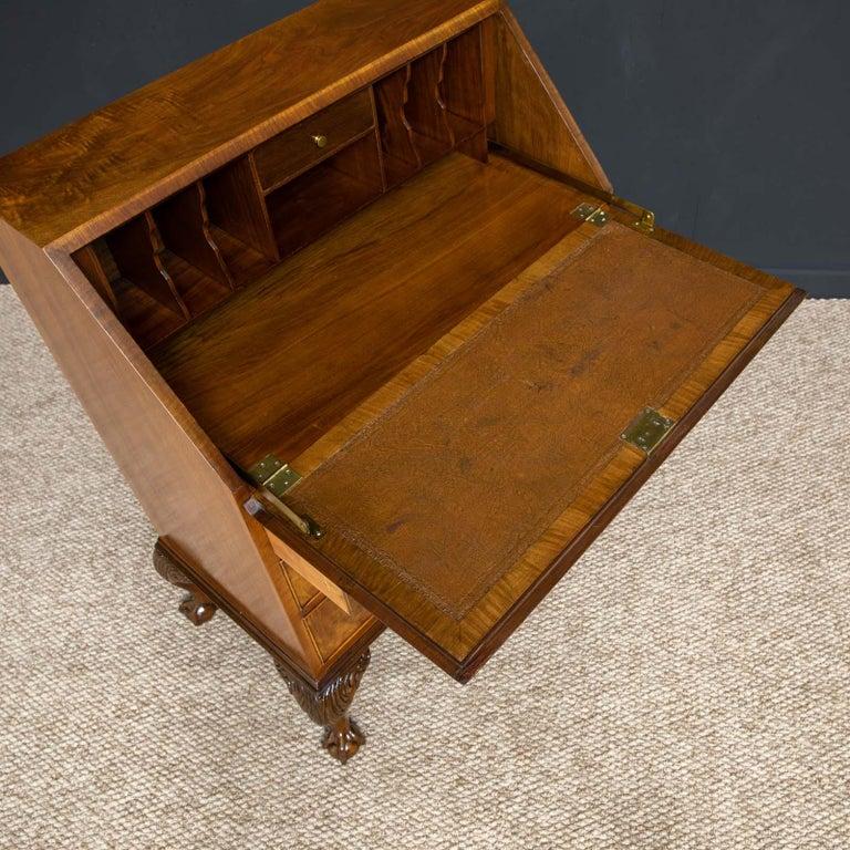 18th Century Style Walnut Bureau For Sale 3