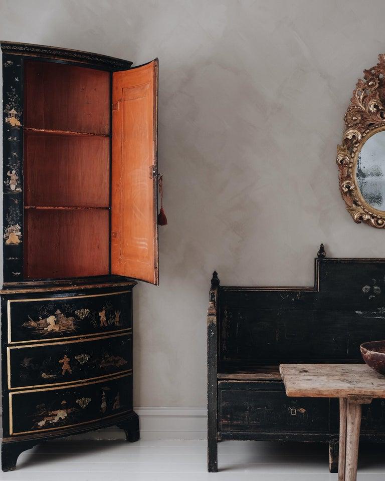 18th Century Swedish Baroque Corner Cabinet In Good Condition For Sale In Helsingborg, SE