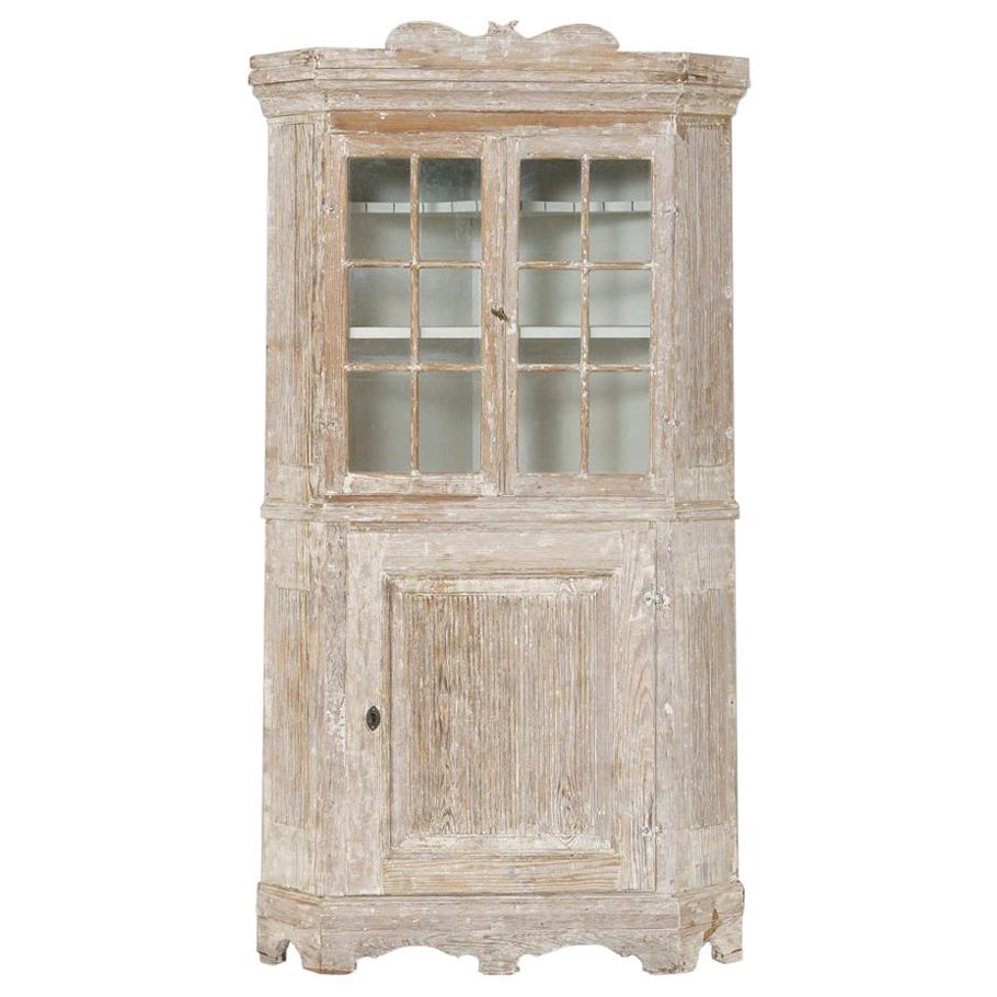 18th Century Swedish Baroque Period Corner Vitrine Cabinet in Original Paint