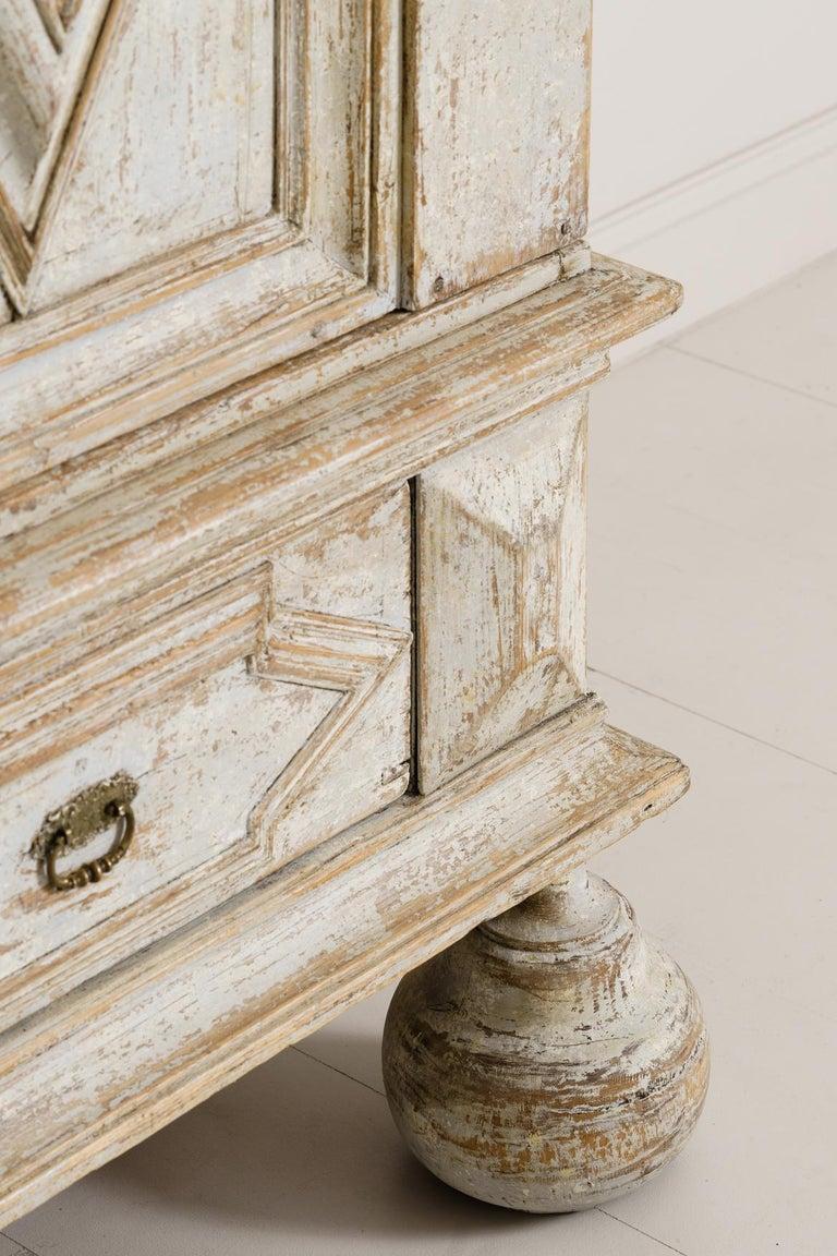 18th Century Swedish Baroque Period Linen Press Armoire Cabinet For Sale 1