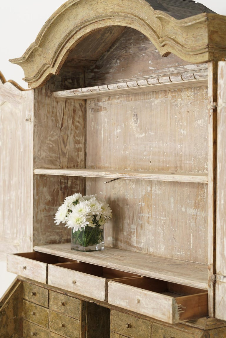18th Century Swedish Baroque Period Secretary with Library in Original Paint For Sale 6