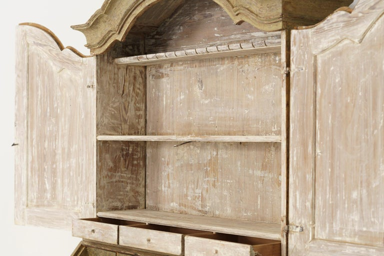 18th Century Swedish Baroque Period Secretary with Library in Original Paint For Sale 7