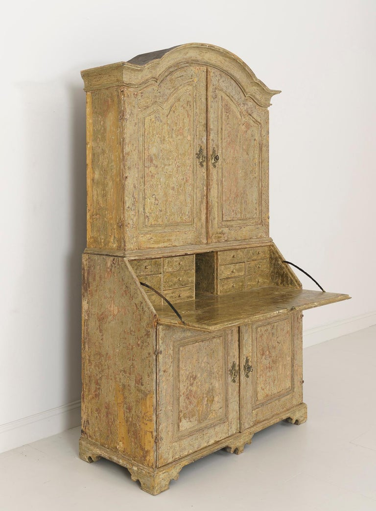 18th Century Swedish Baroque Period Secretary with Library in Original Paint For Sale 1