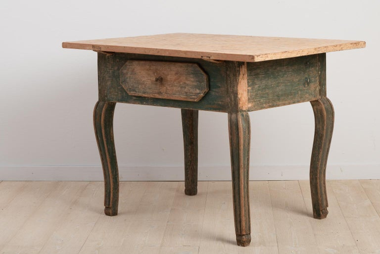 18th Century Swedish Baroque Table For Sale 1