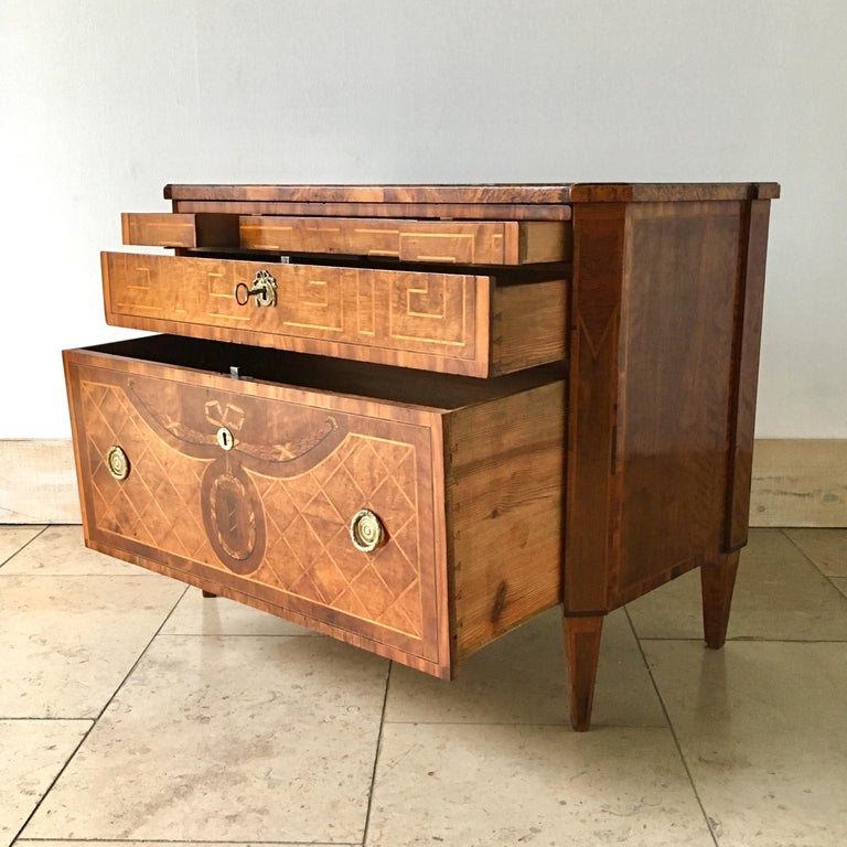 18th Century Swedish Chest of Drawers with Greek Key Detail For Sale 4