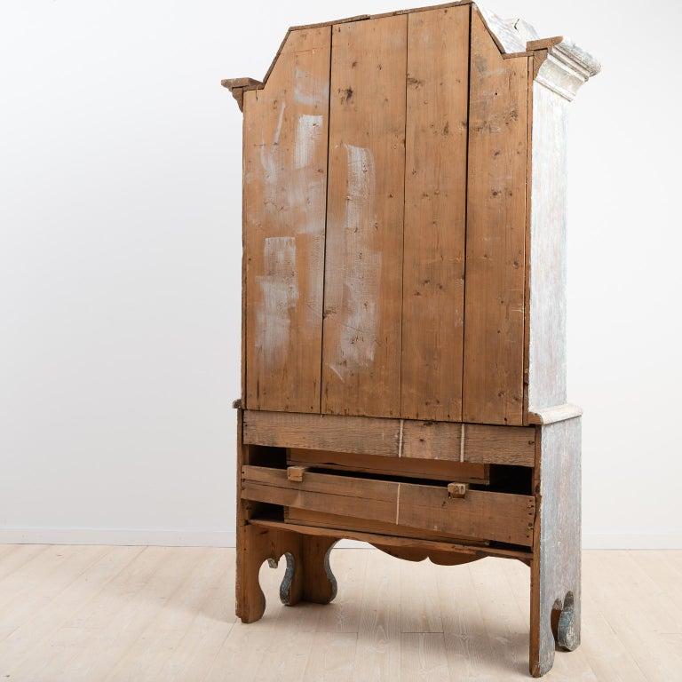 18th Century Swedish Folk Art Cupboard For Sale 5