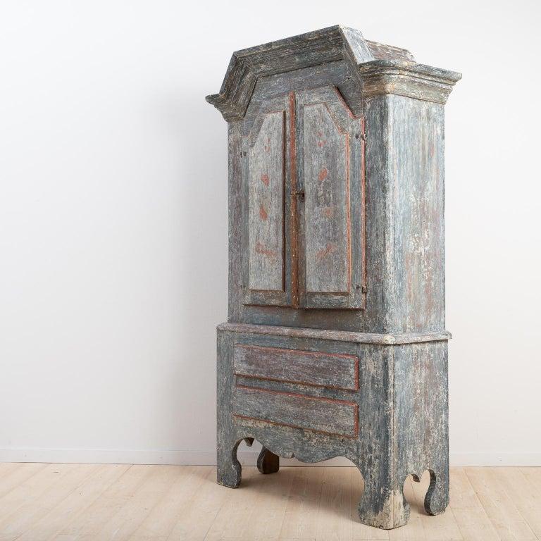 Hand-Painted 18th Century Swedish Folk Art Cupboard For Sale