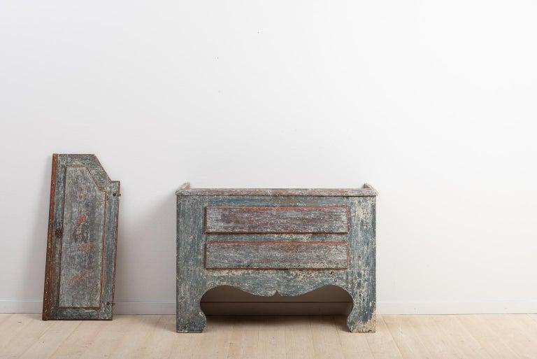 18th Century Swedish Folk Art Cupboard For Sale 1